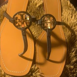 Tory-Burch leather upper and sole flip flops 11